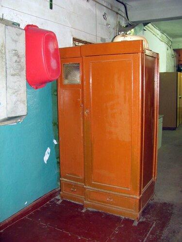коридор со шкафом 40-х