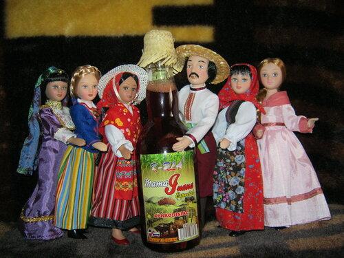 """Куклы в Народных Костюмах – Игра """"Обжинки-Собираем Урожай"""""""