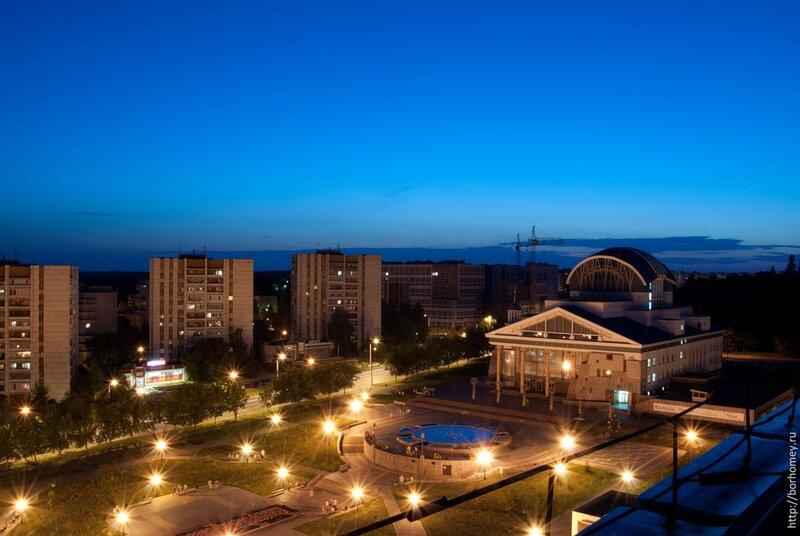 саров театр