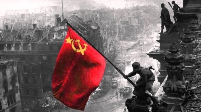 Знамя Победы над Рейстагом