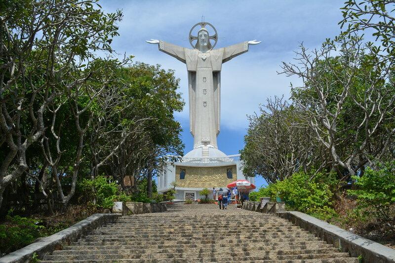 Статуя Иисуса Христа, Вунгтау...Вьетнам