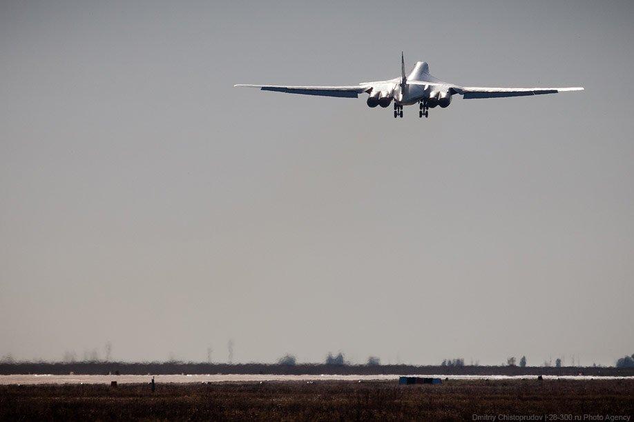 Всего с 1984 года было произведено 35 таких самолетов. Стоимость одного — около 7.5 миллиардов