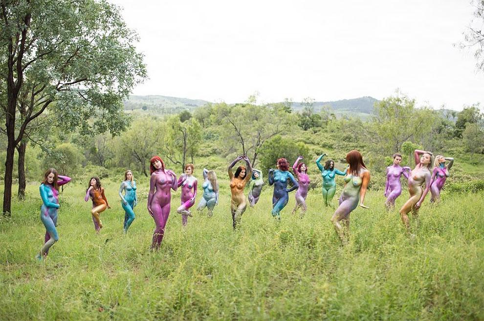 Девушки пропагандируют идею body positive — любви к человеческому телу и принятия его индивидуальной