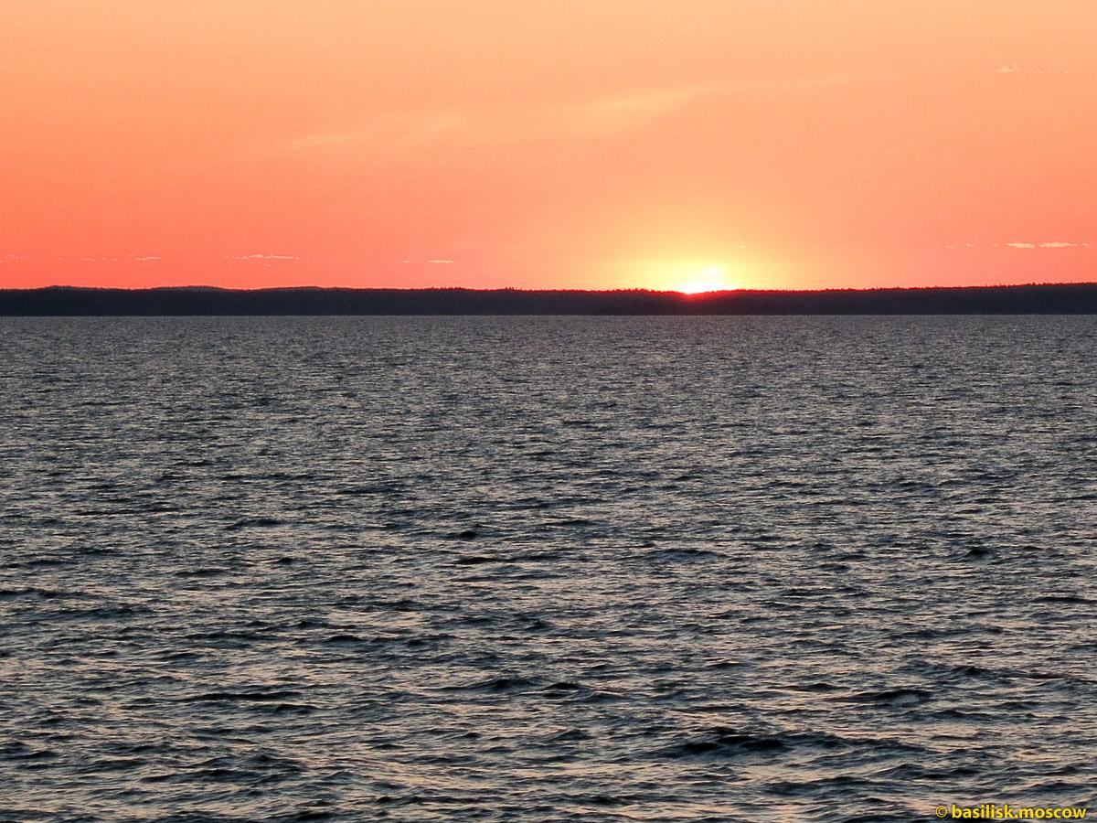 Белое море. Закат солнца. Июнь 2013.