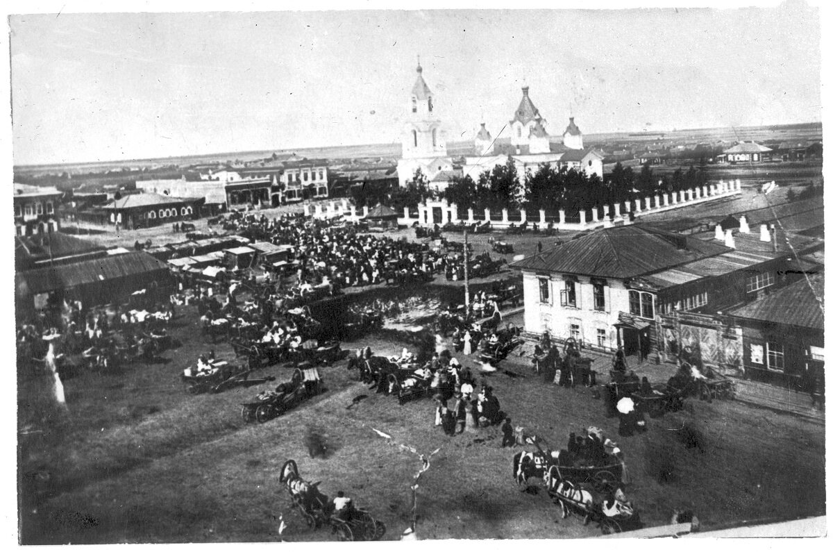 Церковь и базар