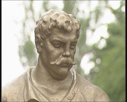 луспекаев, памятник, верещагин, луганск