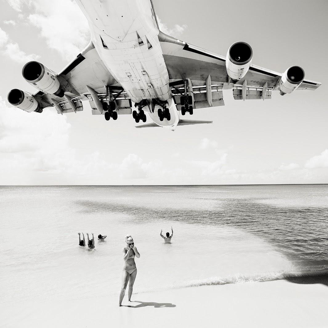 Jet airliner, Josef Hoflehner0.jpg