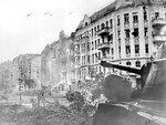 Бой на улицах Берлина. Апрель 1945 г..jpg