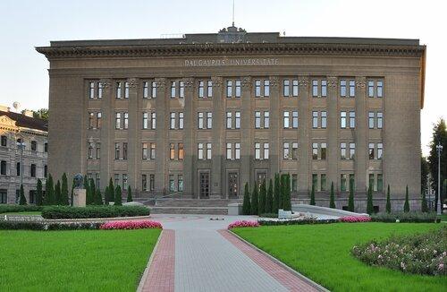 http://img-fotki.yandex.ru/get/5306/118405408.49/0_6a521_83727479_L.jpg