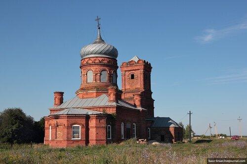 Церковь в селе Избищи Данковского района Липецкой области