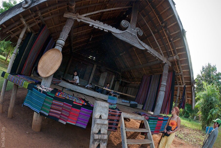 Laos, Pakse, authrntic village