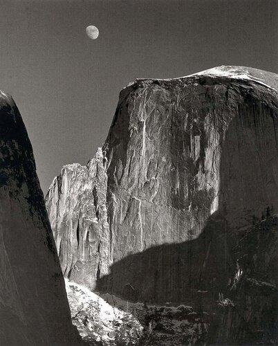Луна и Полукупол, 1960 (Moon and Half Dome)