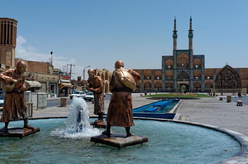 Йезд. Мечеть Амир Чагхмагх.