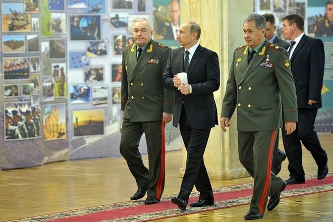 Путин ссыт вводить войска в украину