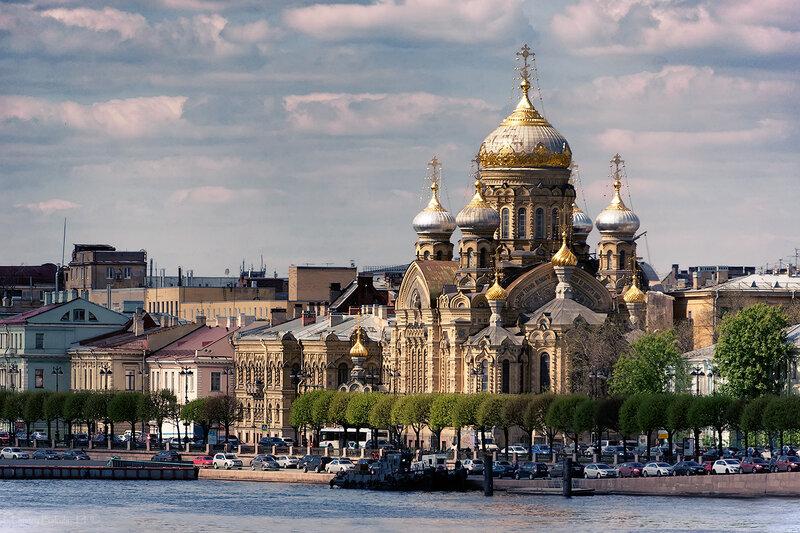 Успенская церковь на Санкт-Петербургском подворье монастыря Оптина пустынь.