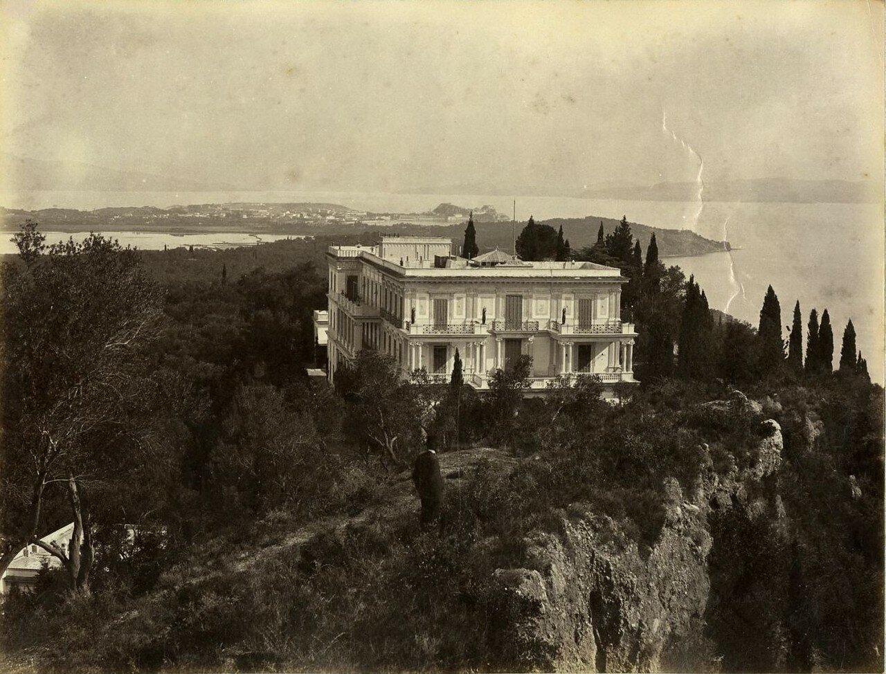 02. Панорама дворца