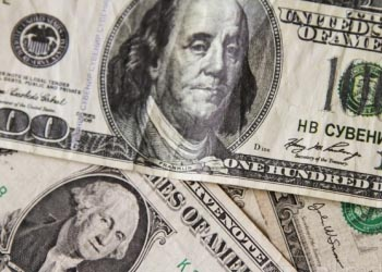 МВФ выделяет Украине кредит в 17 млрд долларов
