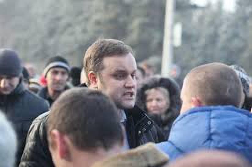 """""""В это время идет """"стрелкотня"""". Это обычная вечерняя """"программа по заявкам"""". После 9-10 часов ложатся от 82-го и выше"""", - украинские десантники держат оборону промзоны Авдеевки. ВИДЕО"""
