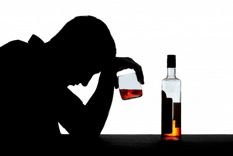 Учёные ответили навопрос отом, нужноли употреблять спирт