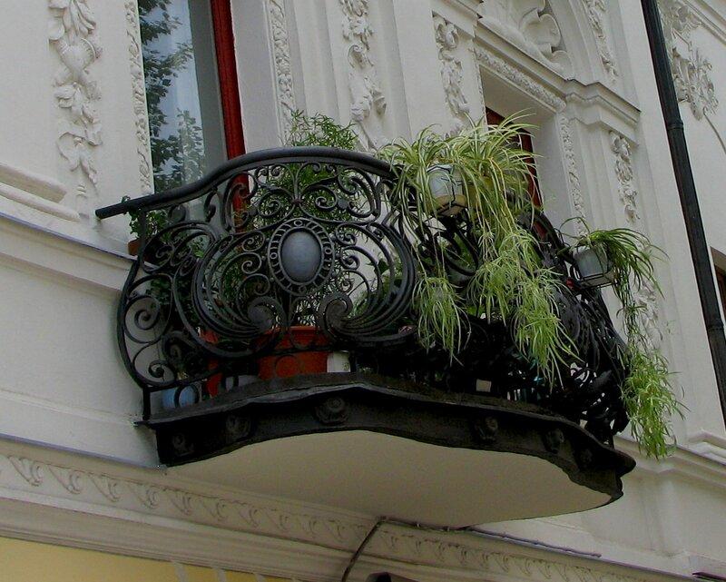 Балкончик на Пречистенке
