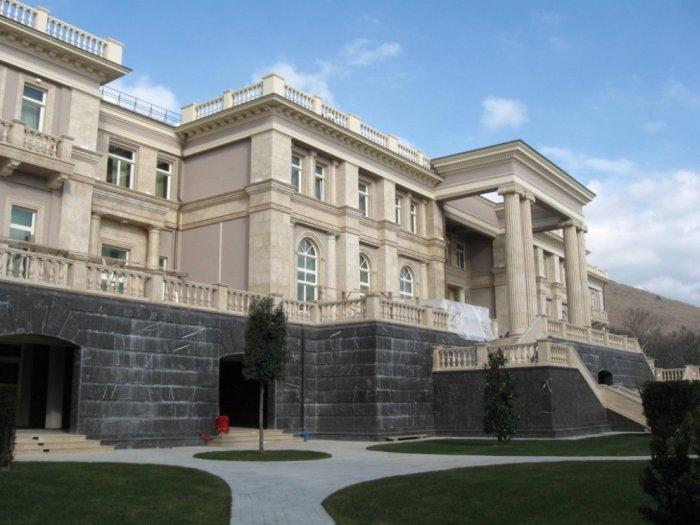 Сравнение летних резиденций Барака Обамы и Владимира Путина