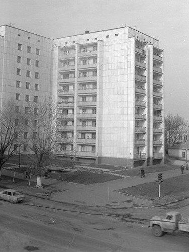 фонтан на перекрёстке Кирова-Коммунистическая, снесён