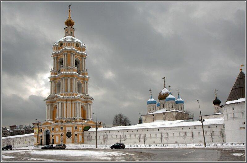Москва  Новоспасский монастырь.jpg