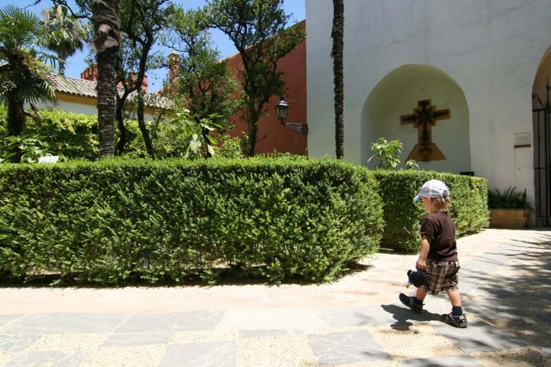 Егорка в садах Алькасара