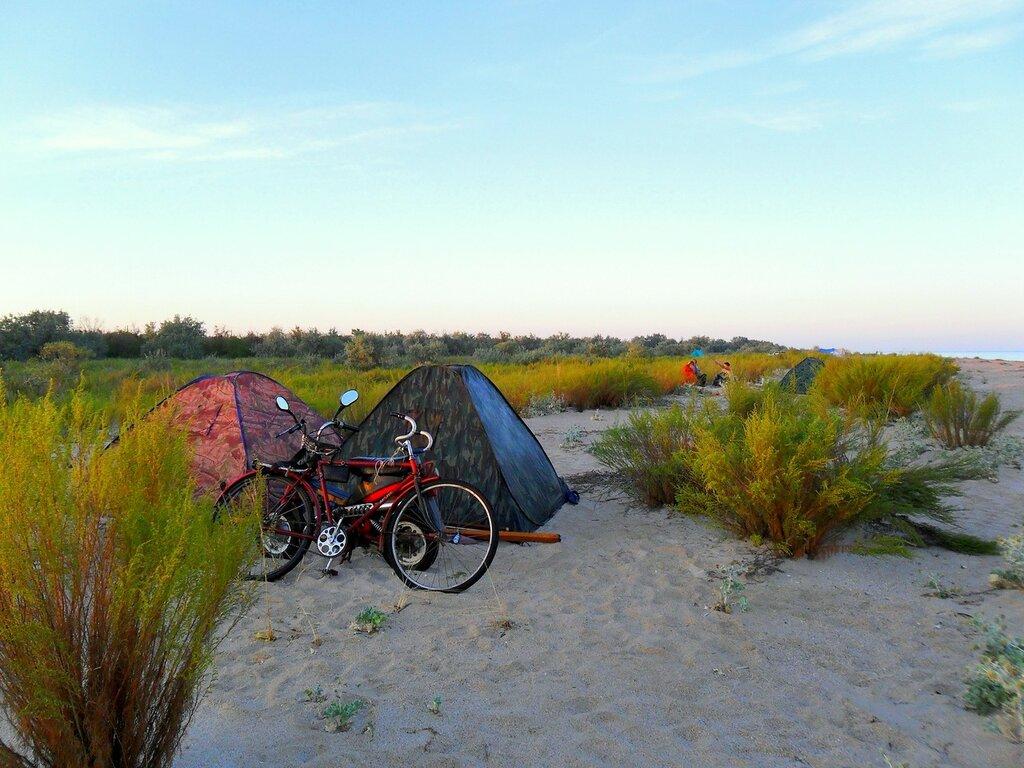 Утром, у палаток ... SAM_2242.JPG