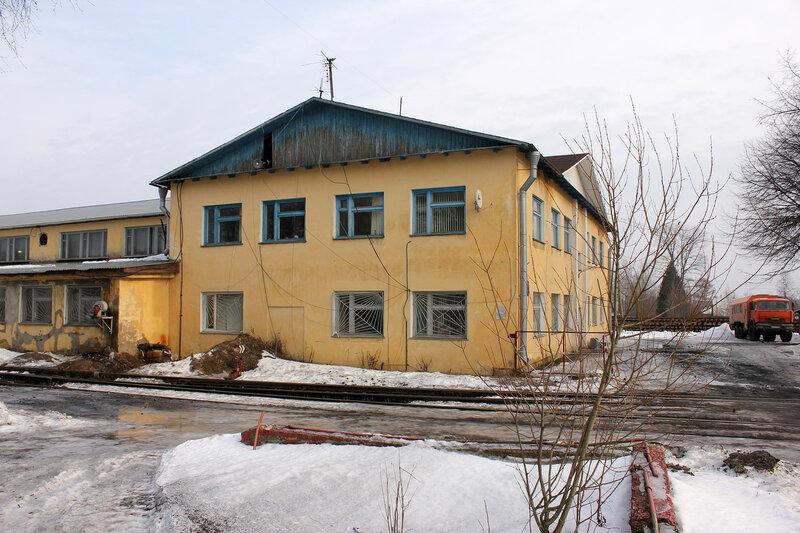 ПМС-28, здание