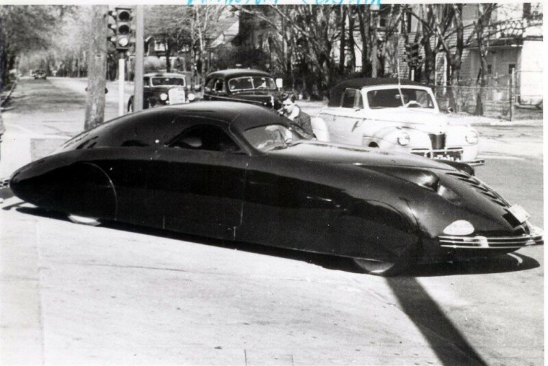 Phantom_Corsair_Six_Passenger_Coupe_1938_08.jpg