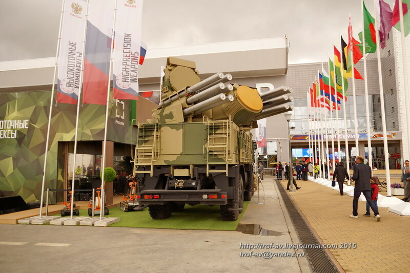 Зенитный ракетно-пушечный комплекс Панцирь-С1. Форум Армия-2016, парк Патриот