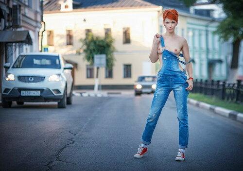 Уличное ню фото. 18+