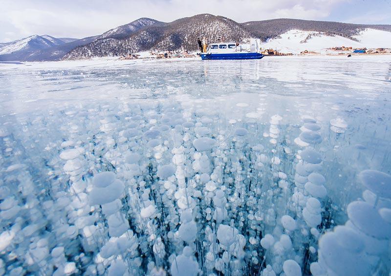 «Хивус» — это транспортное средство на воздушных подушках, передвигается по льду и воде. Кстати, в з