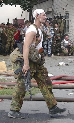 Беслан, 2004 год. Боец Русский танк