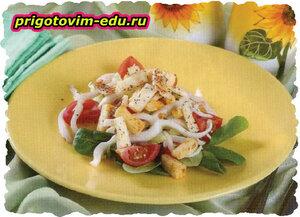 Салат из кальмаров и сыра