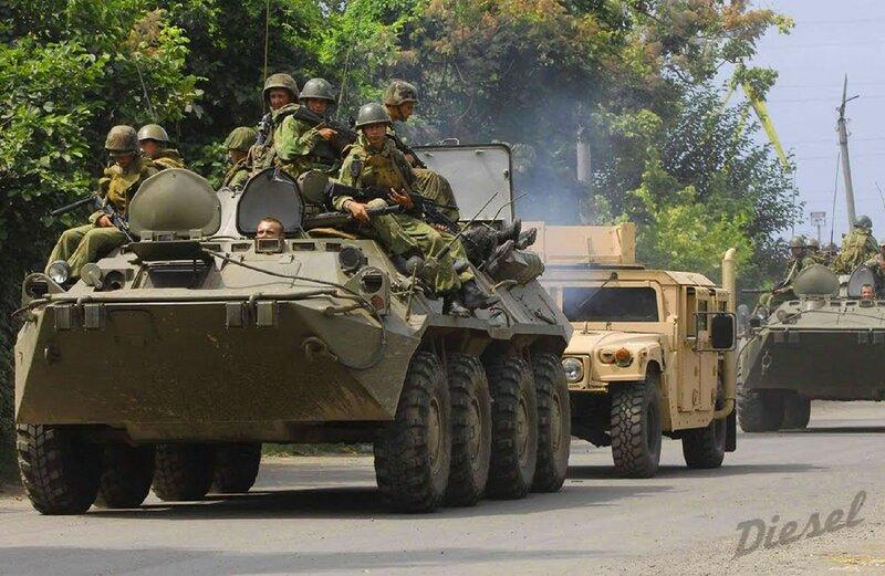 BTR-80 / HMMWV
