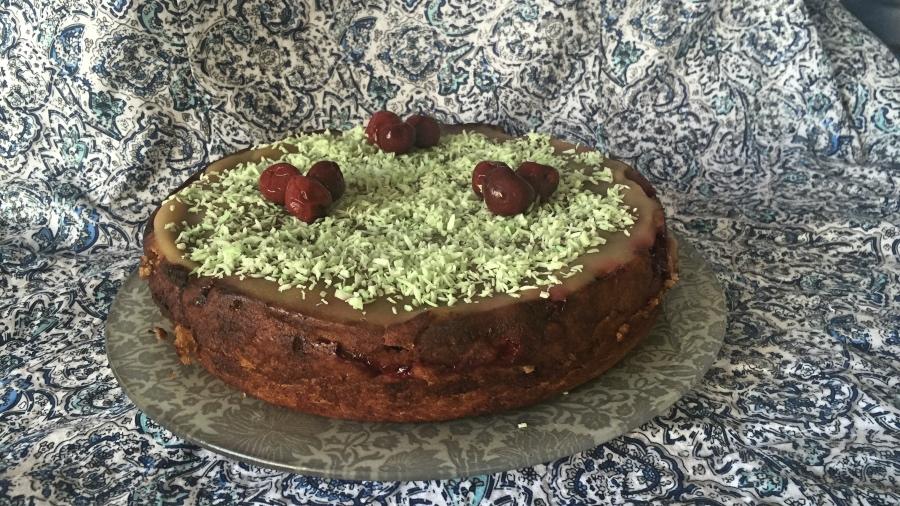 Постный кофейно-вишнёвый торт