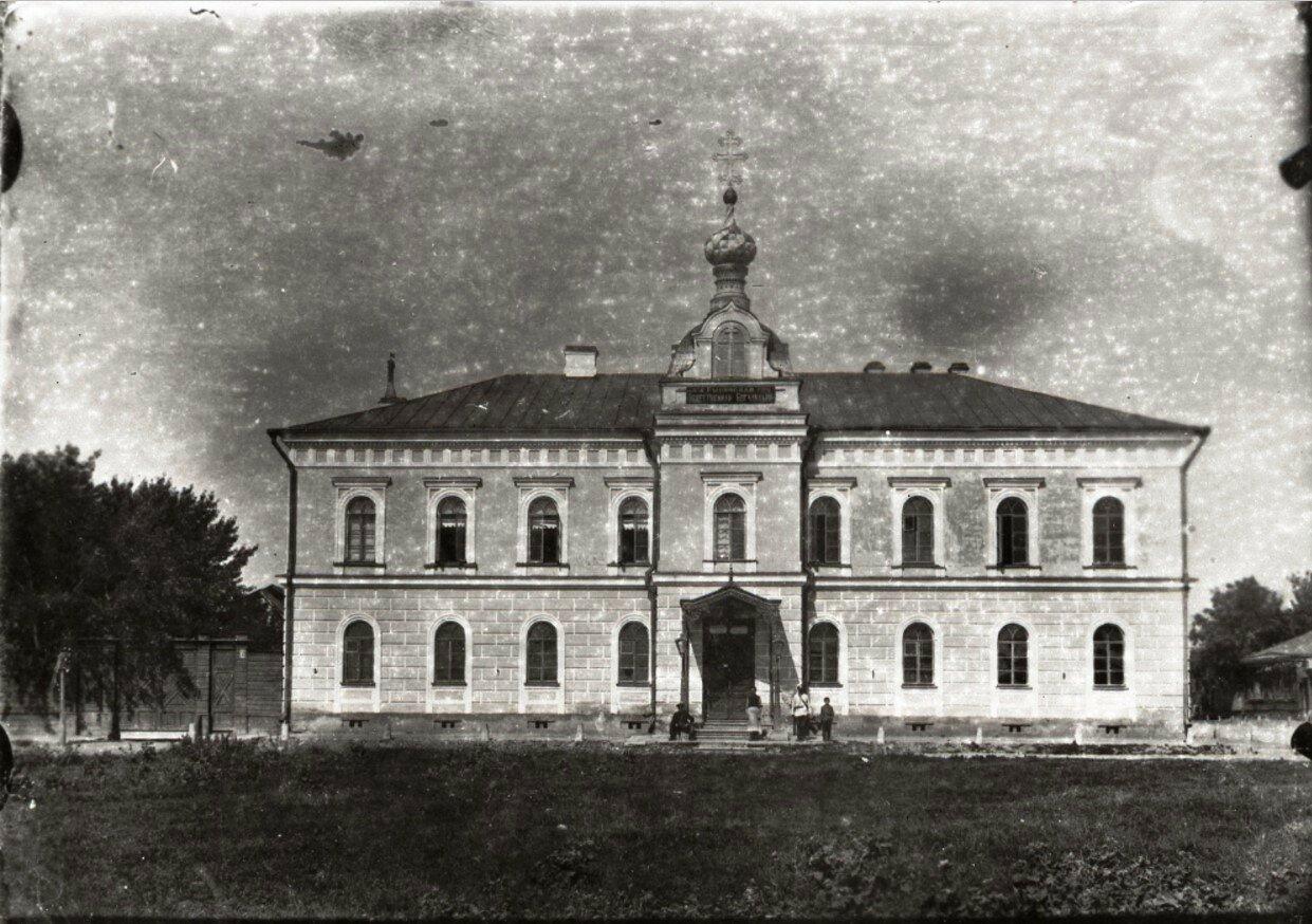 Здание общегородской богадельни
