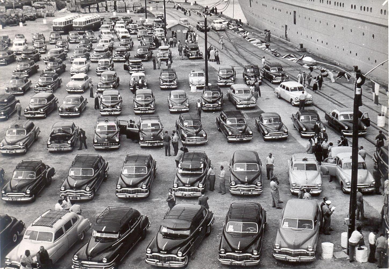 Импорт автомобиль начался в 1950-е