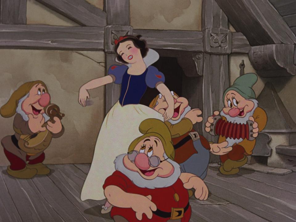 белоснежка и семь гномов фильм для взрослых смотреть