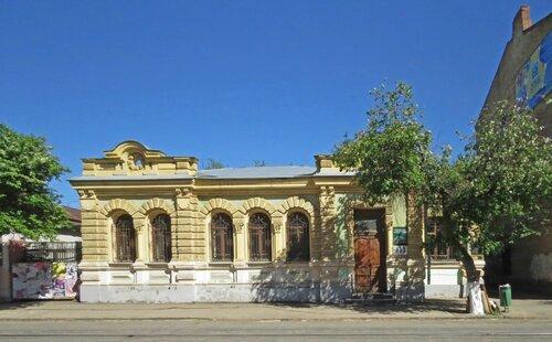 Дом купца А. А. Савельева.