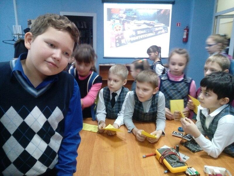 Роботы ДОСААФ в Школе 62 - 44.jpg