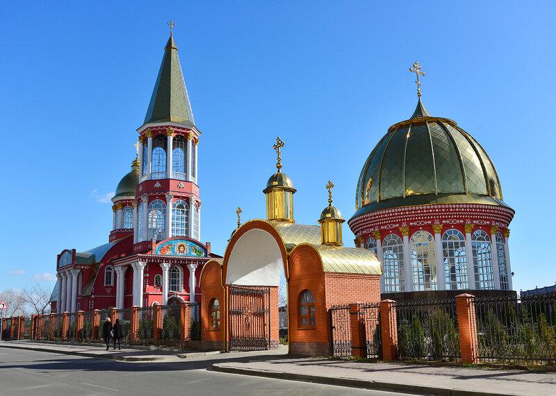 Золотой собор...(Покрова Божией Матери храм )