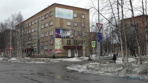 Фотография Инты №6546  Северо-западный угол Горького 9 (гостиница