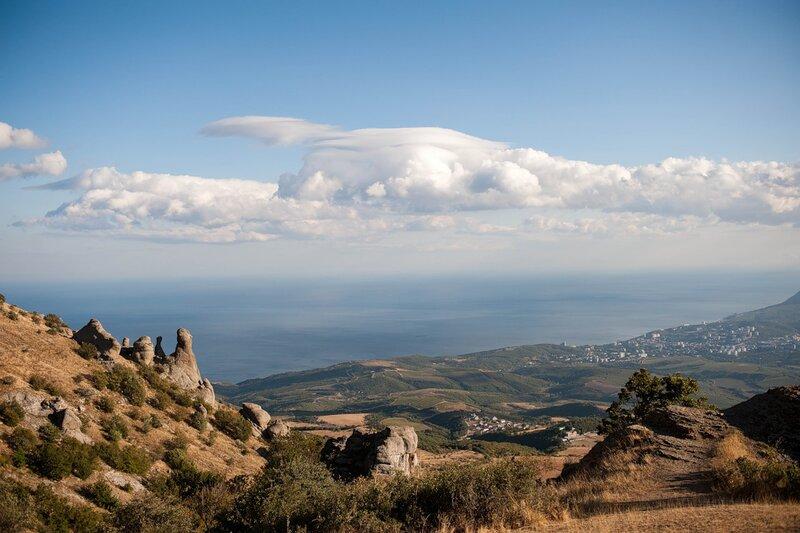 Вид на море и Алушту