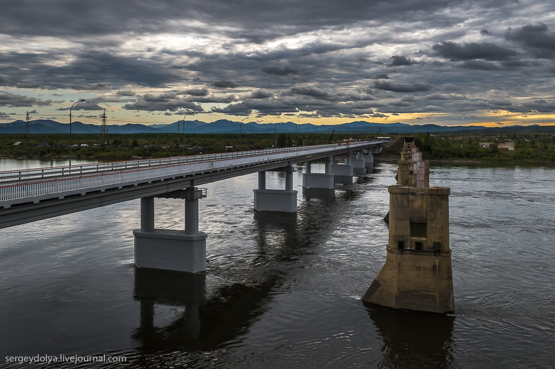 27. Название федеральный трассы происходит от реки Колыма. Чуть позже мы заедем в Синегорье и посети