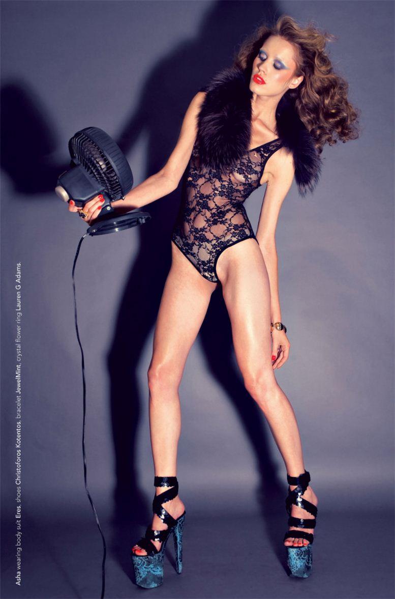 модель Аша / Asha, фотограф Colin Angus