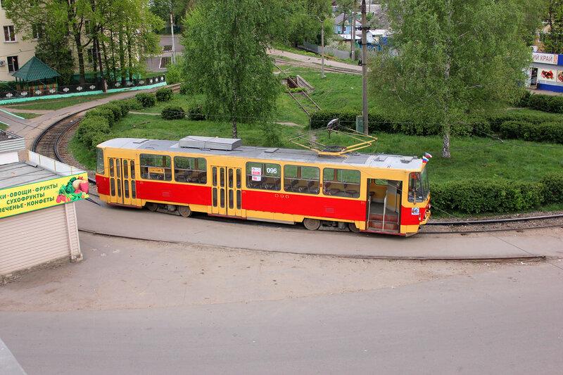 Трамвай 096