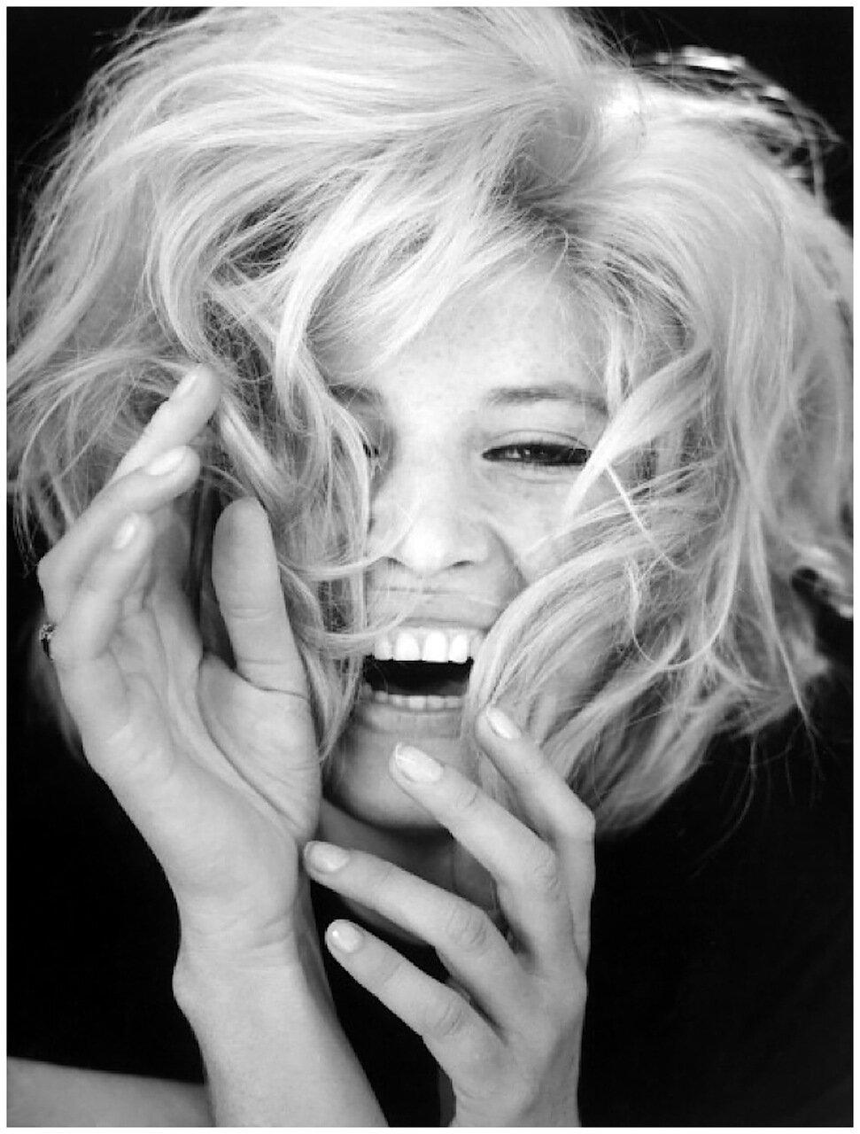 1968. Моника Витти